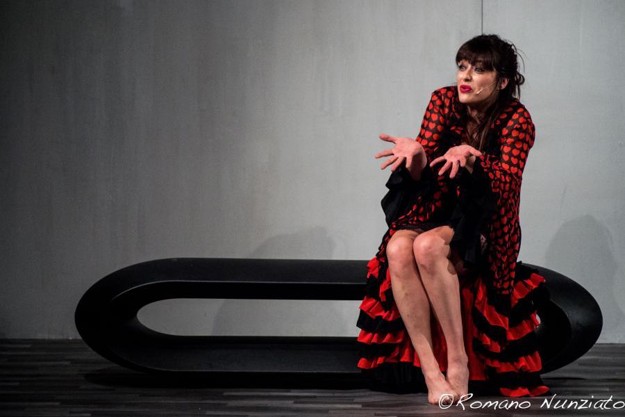 Valentina Lodovini.jpg