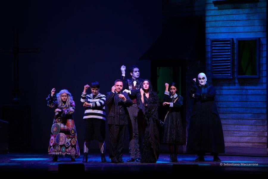 Famiglia Addams.jpg